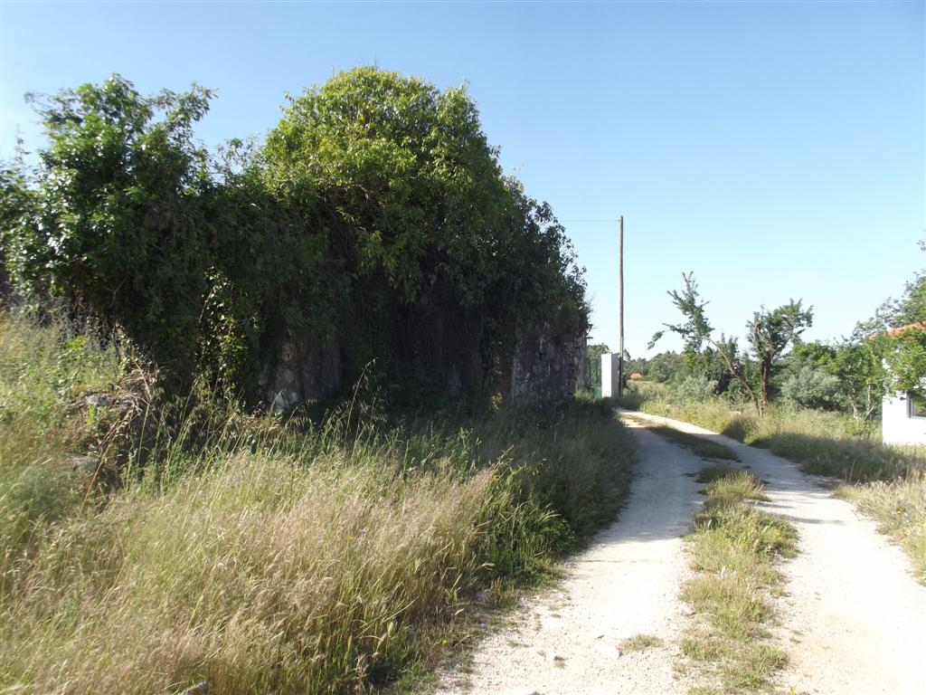 Plot of land in Peaceful Village near Ansiao